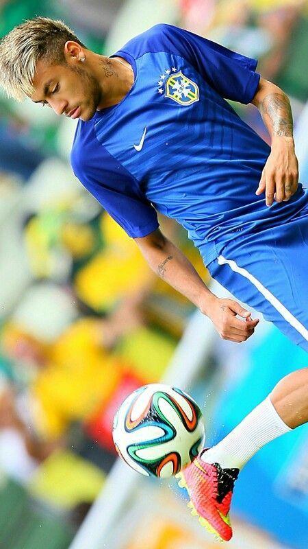 Cool Soccer Players Hd Retina Ios Wallpapers For Ur Iphone Ipod Ipad Pro Devices Https Appsto Re Us S3mvbb I Neymar Football Neymar Neymar Jr