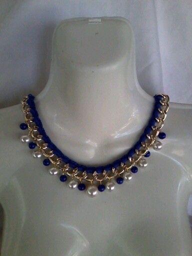 ae804cda42db Collar tejido con cadena y perlas