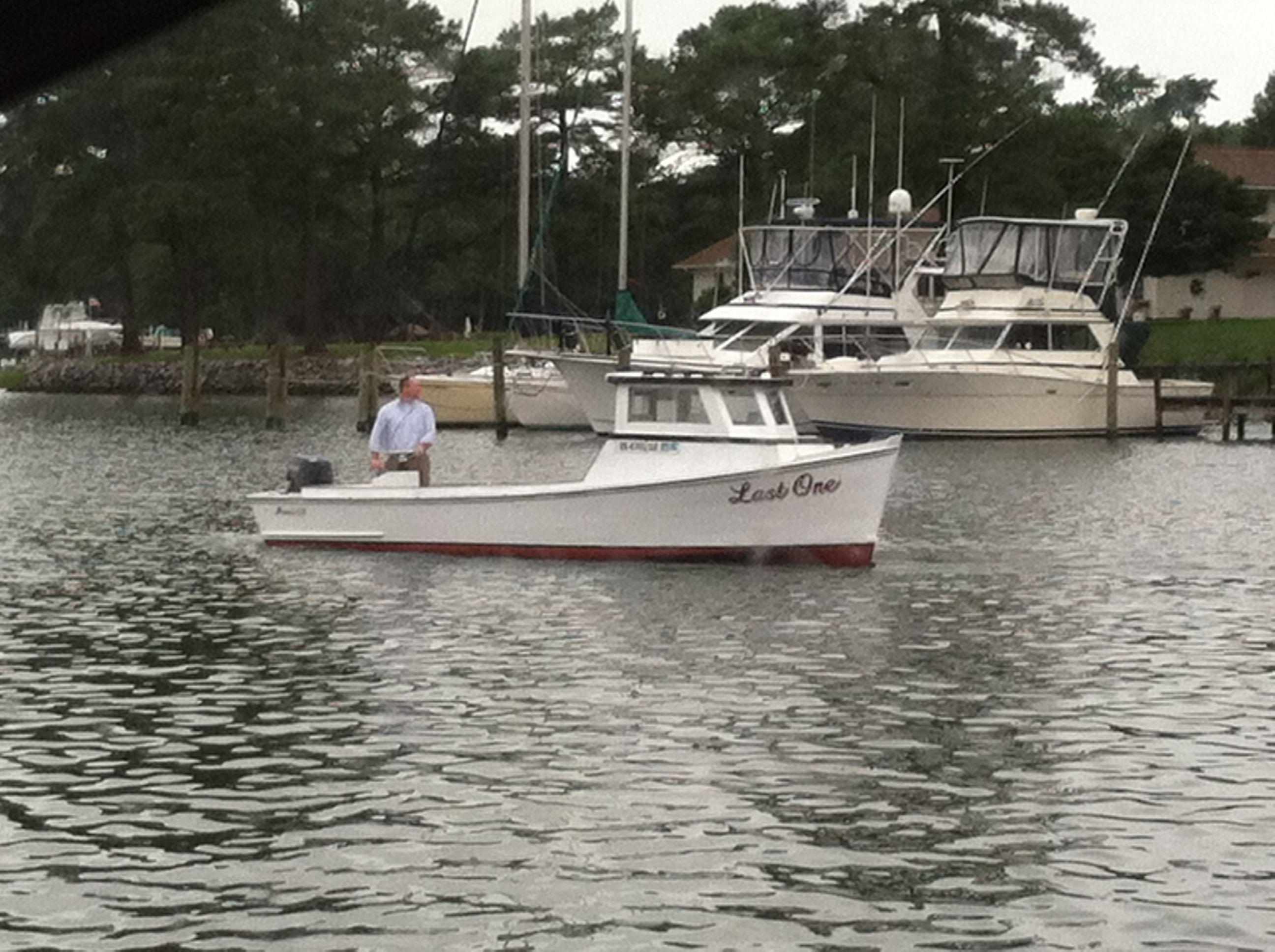 Last Norris Boat Built 26 Deltaville Va Boat Boat Building Bay Boats