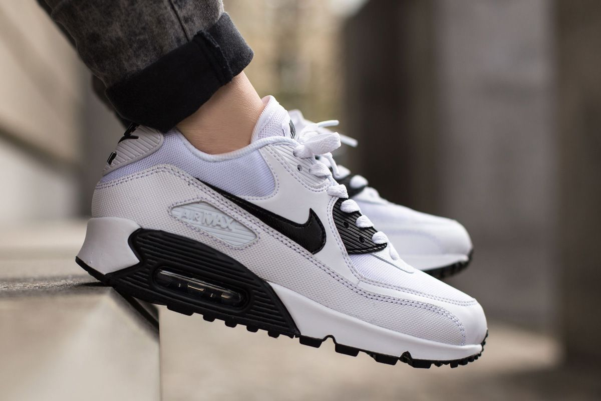 new style 710e2 f4093 Nike Air Max 90 Essential White Black Trainers Cheap Online