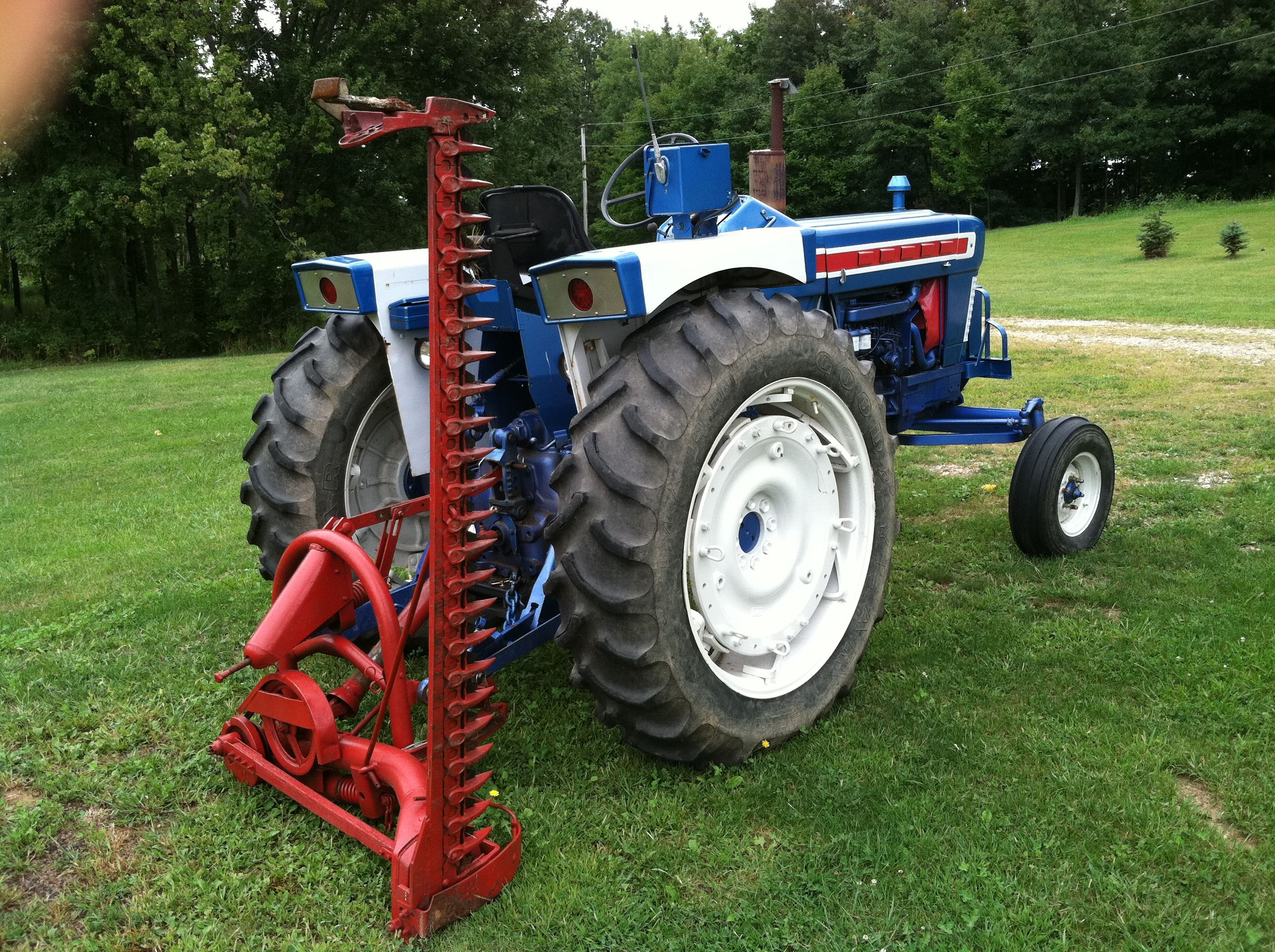 1962 Ford Sickle Bar Mower | Soiled | Ford tractors, Old tractors