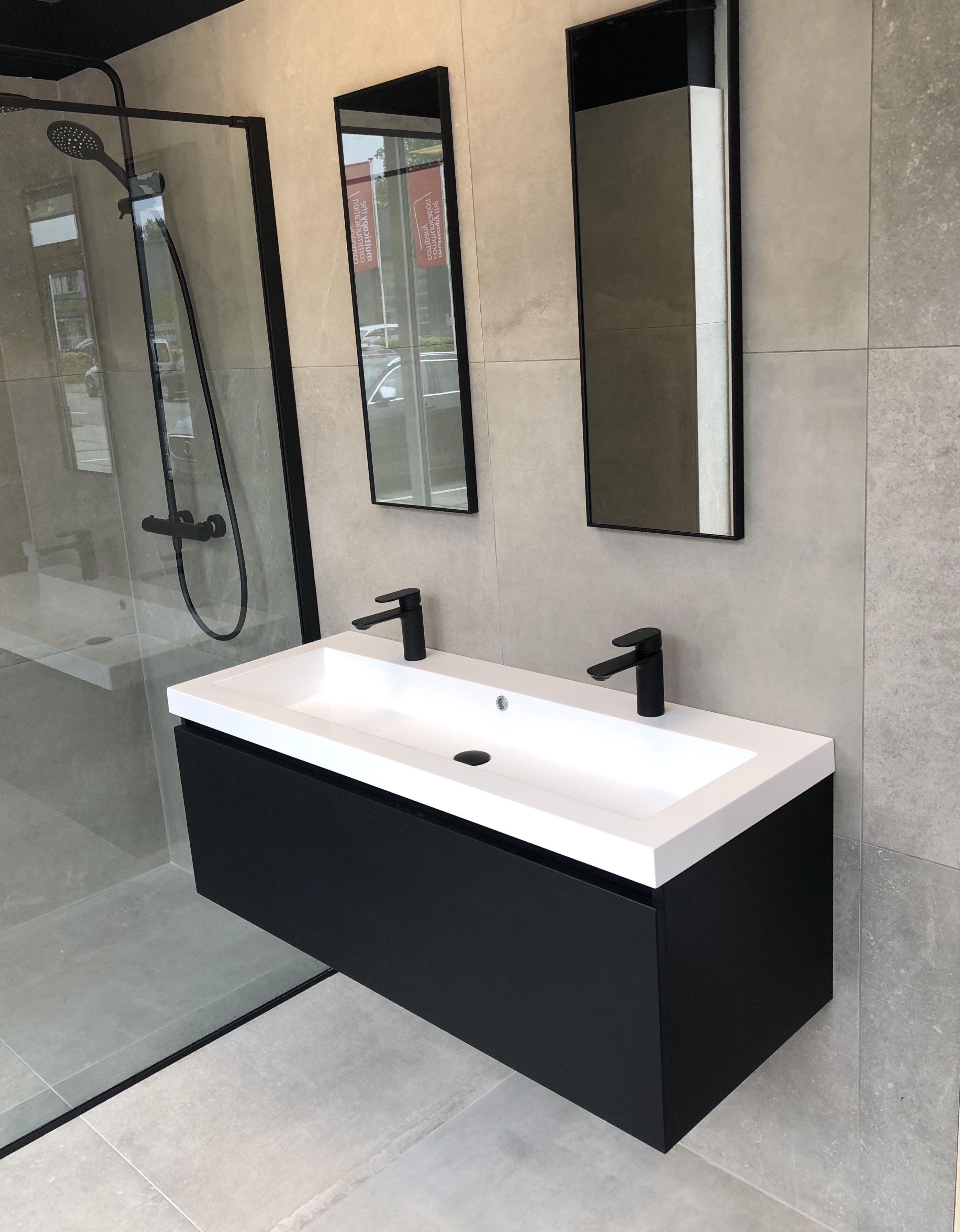 Zwarte kranen badkamer #badkamerinspiratie