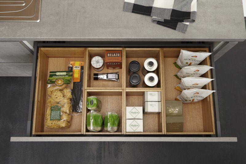 Küche in Rosa Wohnküche www.dyk360kuechen.de