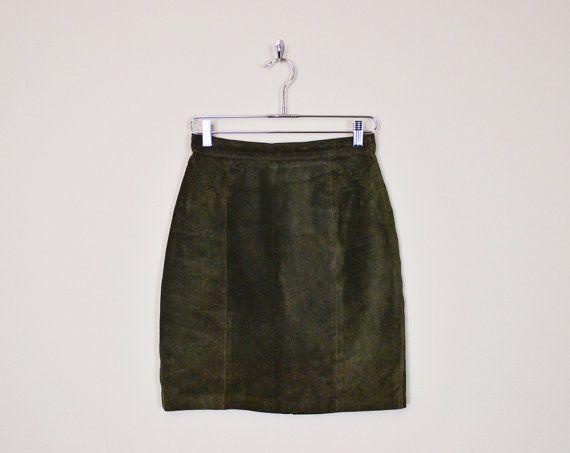 #Vintage #80s Green Brown #Leather #Skirt #Suede Skirt Mini Skirt High Waist Skirt Pencil Skirt Body Con #Bodycon #Motorcycle Skirt #Biker Skirt M #LeatherSkirt #SuedeSkirt #HighWaist #PencilSkirt #Etsy #EtsyVintage #TrashyVintage @Etsy $48.00