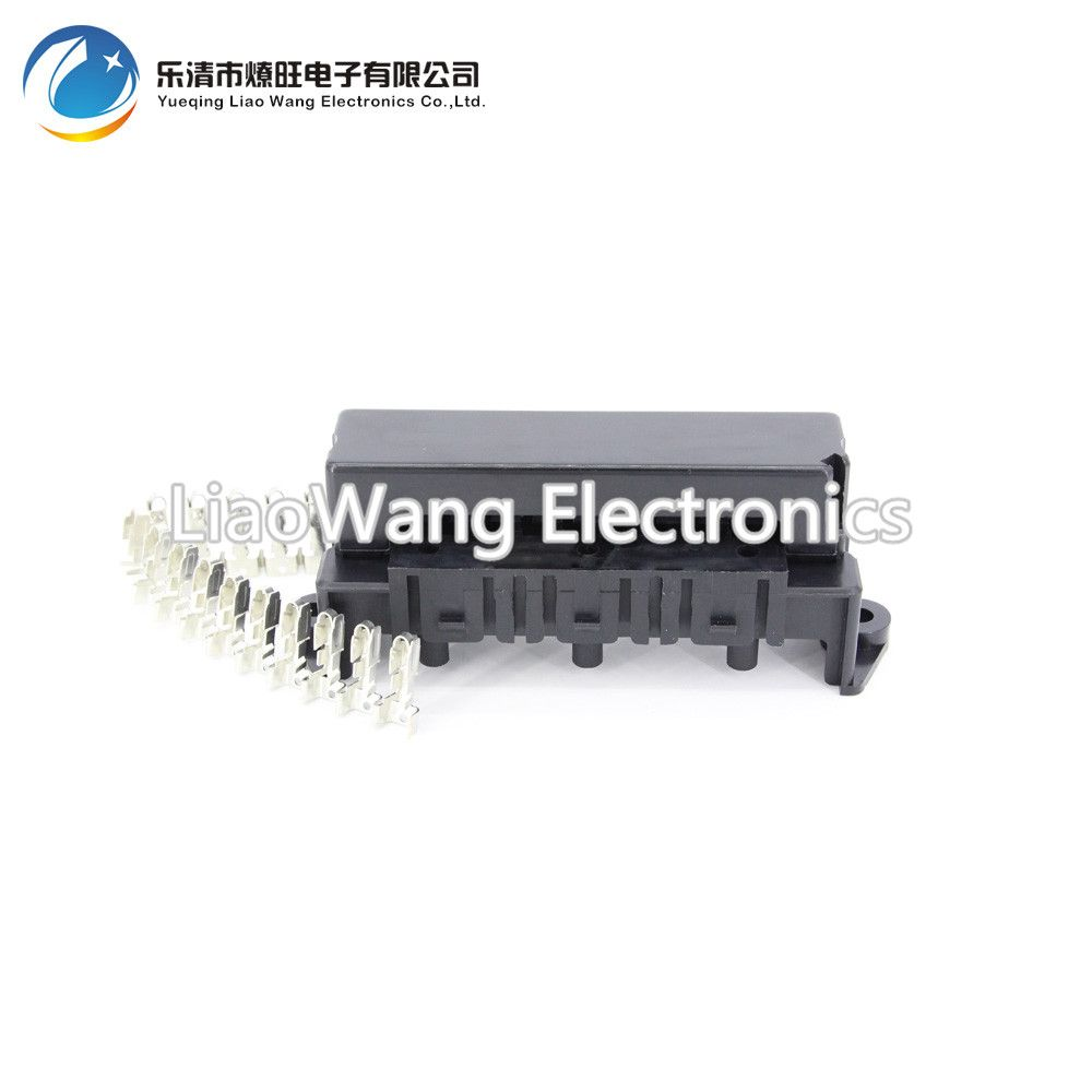 hight resolution of 10 way auto fuse box assembly with terminals and 3pcs relay seats dustproof fuse box fuse