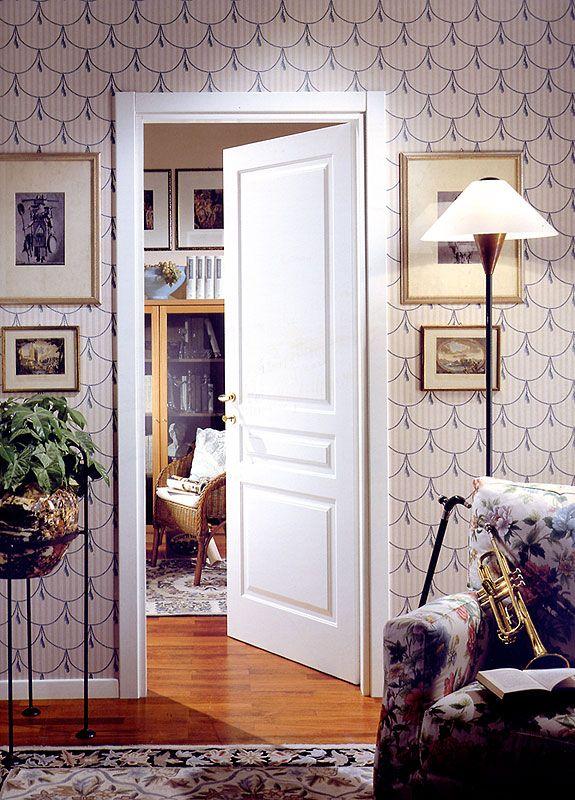 イタリア ネオ クラッシック デザイン 木製ホワイト塗装室内ドア