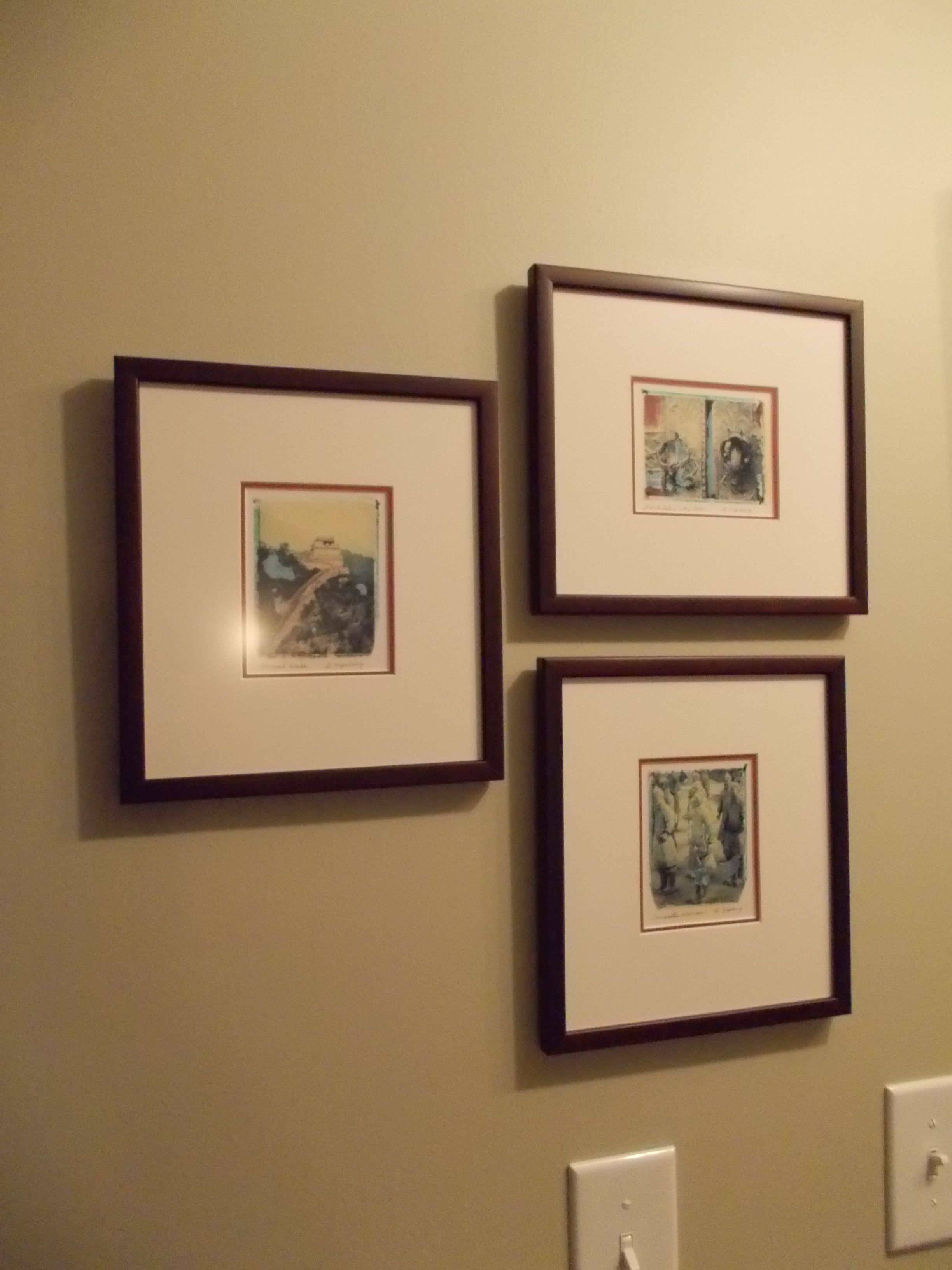 Arranging photos on a wall - How To Arrange 3 Identical Picture Frames On Wall Google Search