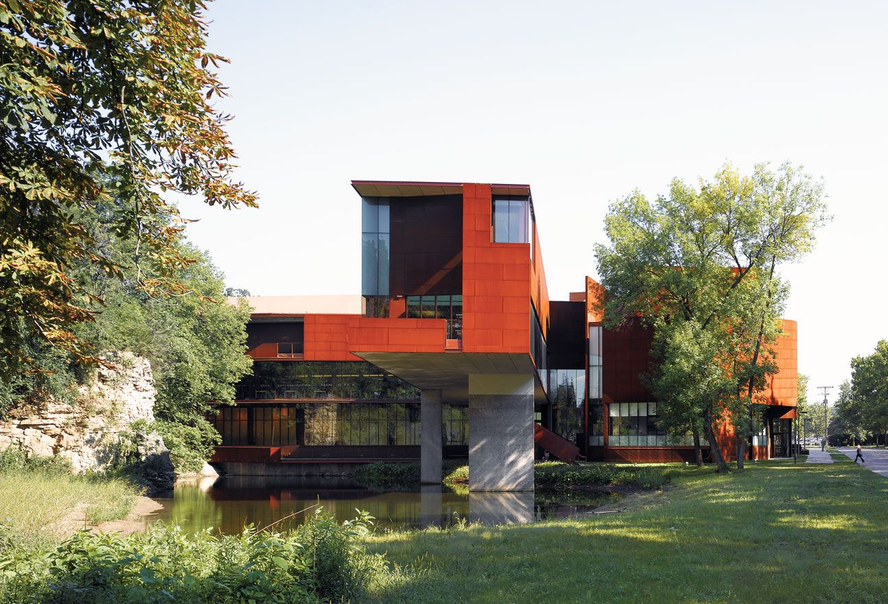 2006   School Of Art University Of Iowa   Iowa City   Steven Holl