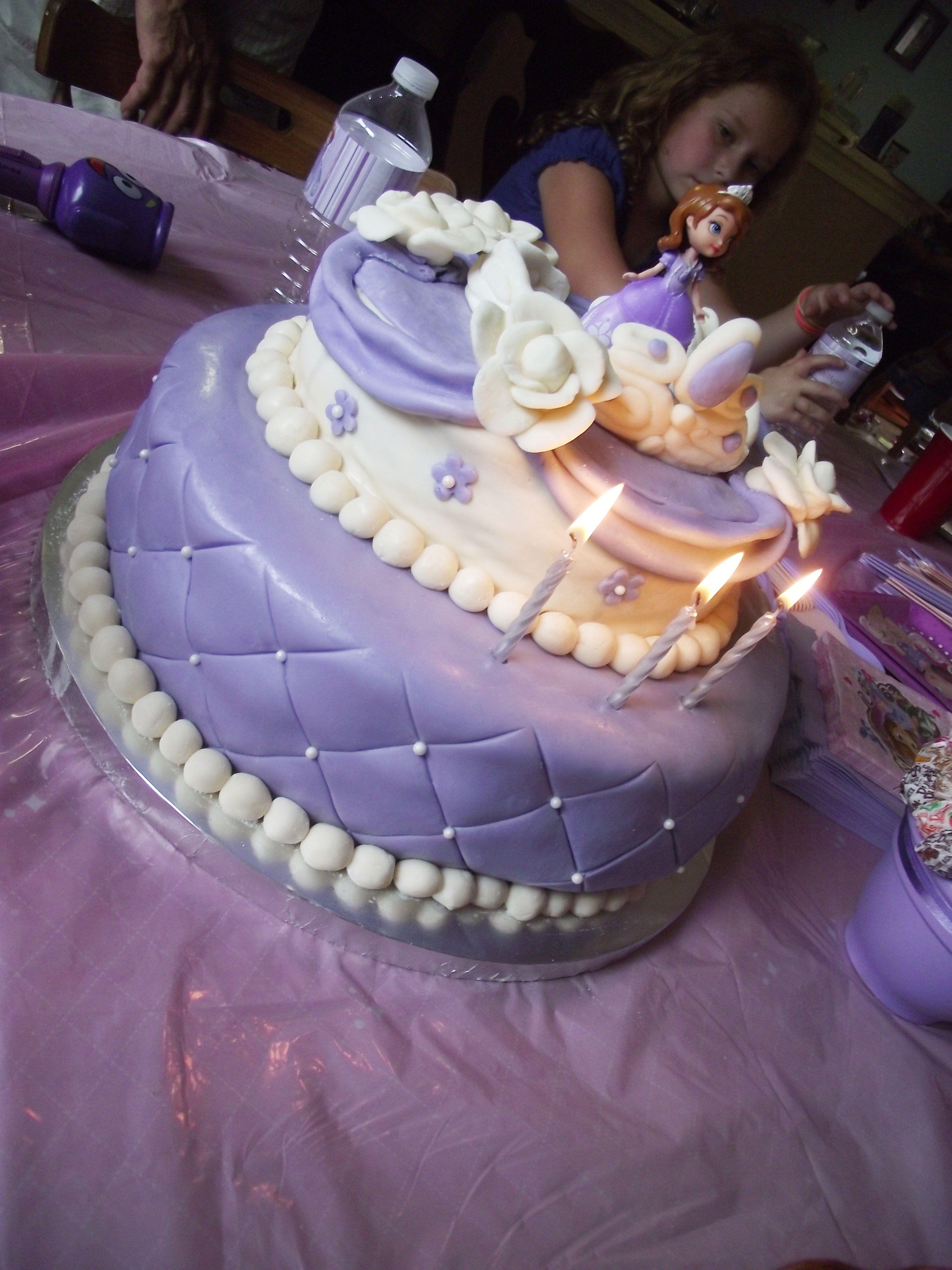 Princess Birthday Cake Images 2018 : DIY Sofia the First Party Princess sofia cake, Sofia ...