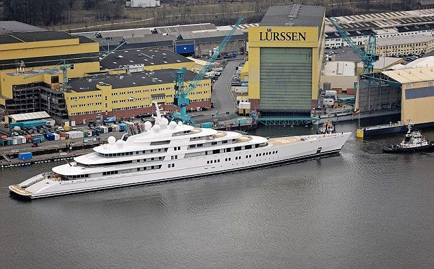 Sailing Into The Record Books The 400m 590ft Super Yacht That S