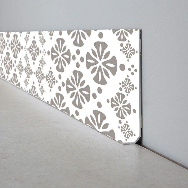 Plinthe Decorative En Pvc Facile A Decouper Et A Poser Motif Carreaux De Ciment Plinthes Plinthe Pvc Toile De Verre