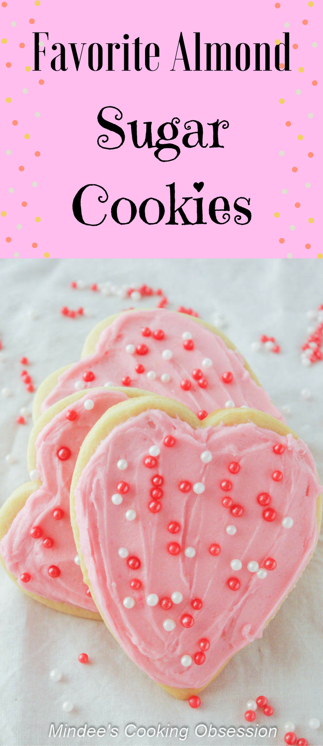 Favorite Almond Sugar Cookies #sugarcookies
