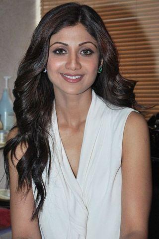 Face Shapes Finder Sonam Kapoor Photos Katrina Kaif Face Shape Face Shape Finder Face Shapes Style Guides