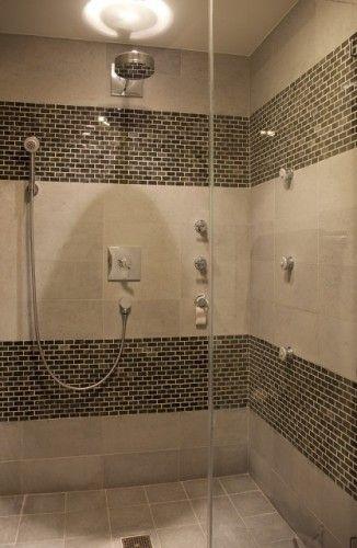Insertion c ramique dans la douche chalet pinterest douche salle de bain et d coration maison - Decoration douche maison ...