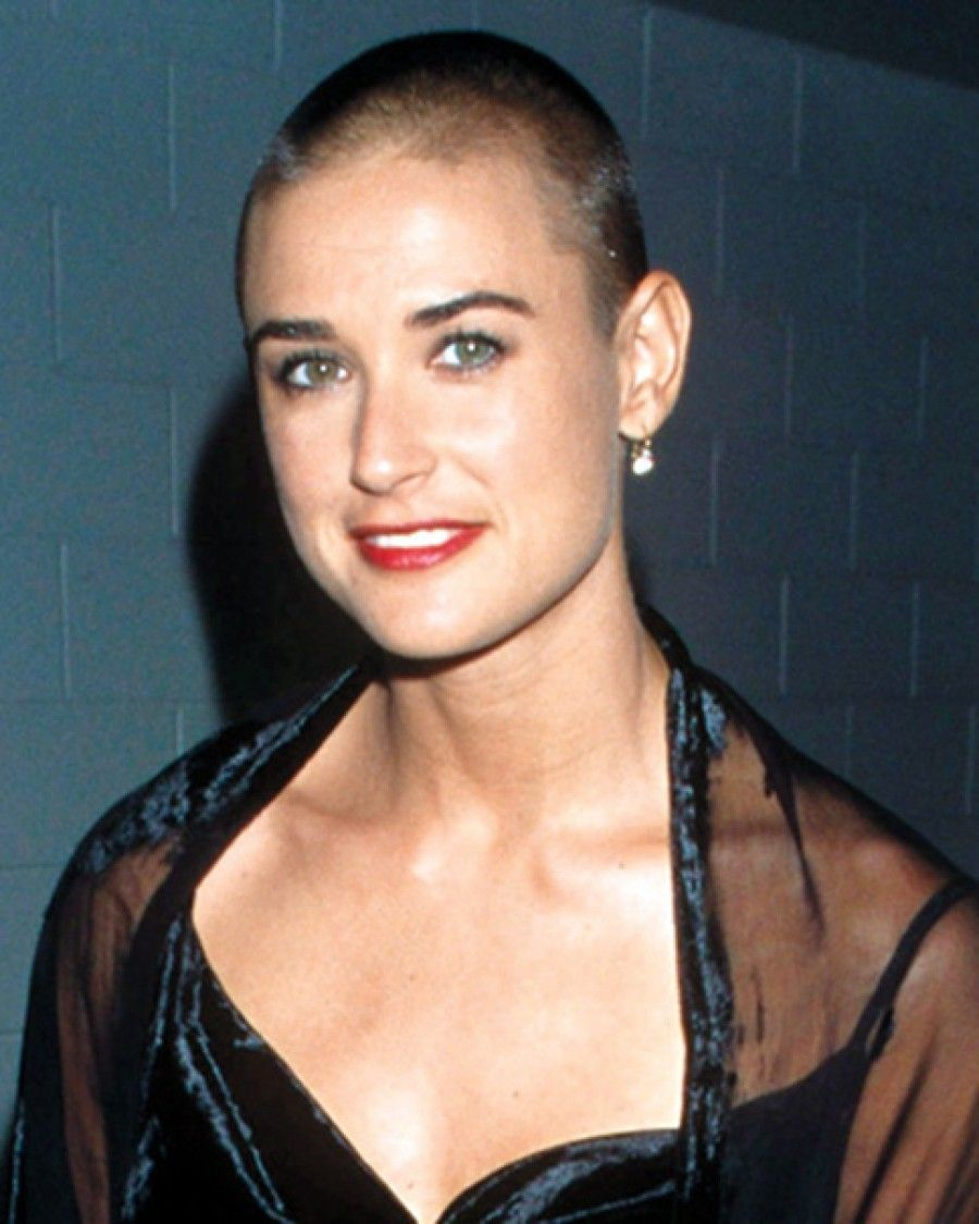 Demi moore shaved with daughters pic 328