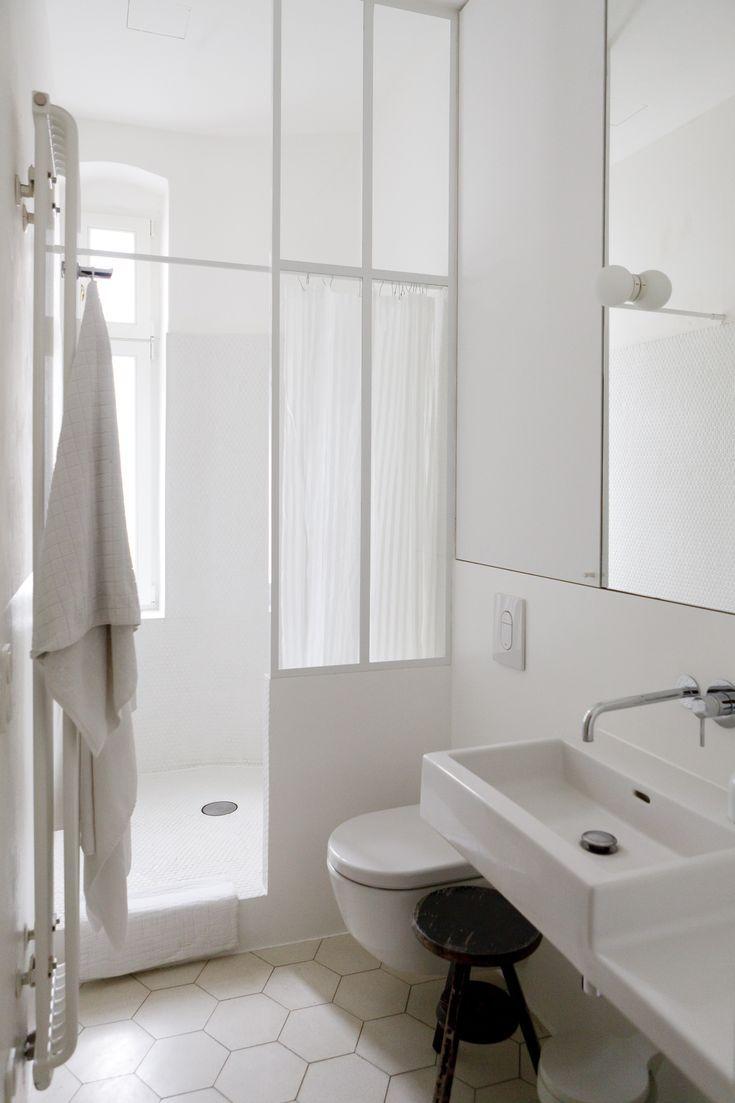 Salle de bains minimaliste-Berlin-STUDIOOINK  Salle de bain