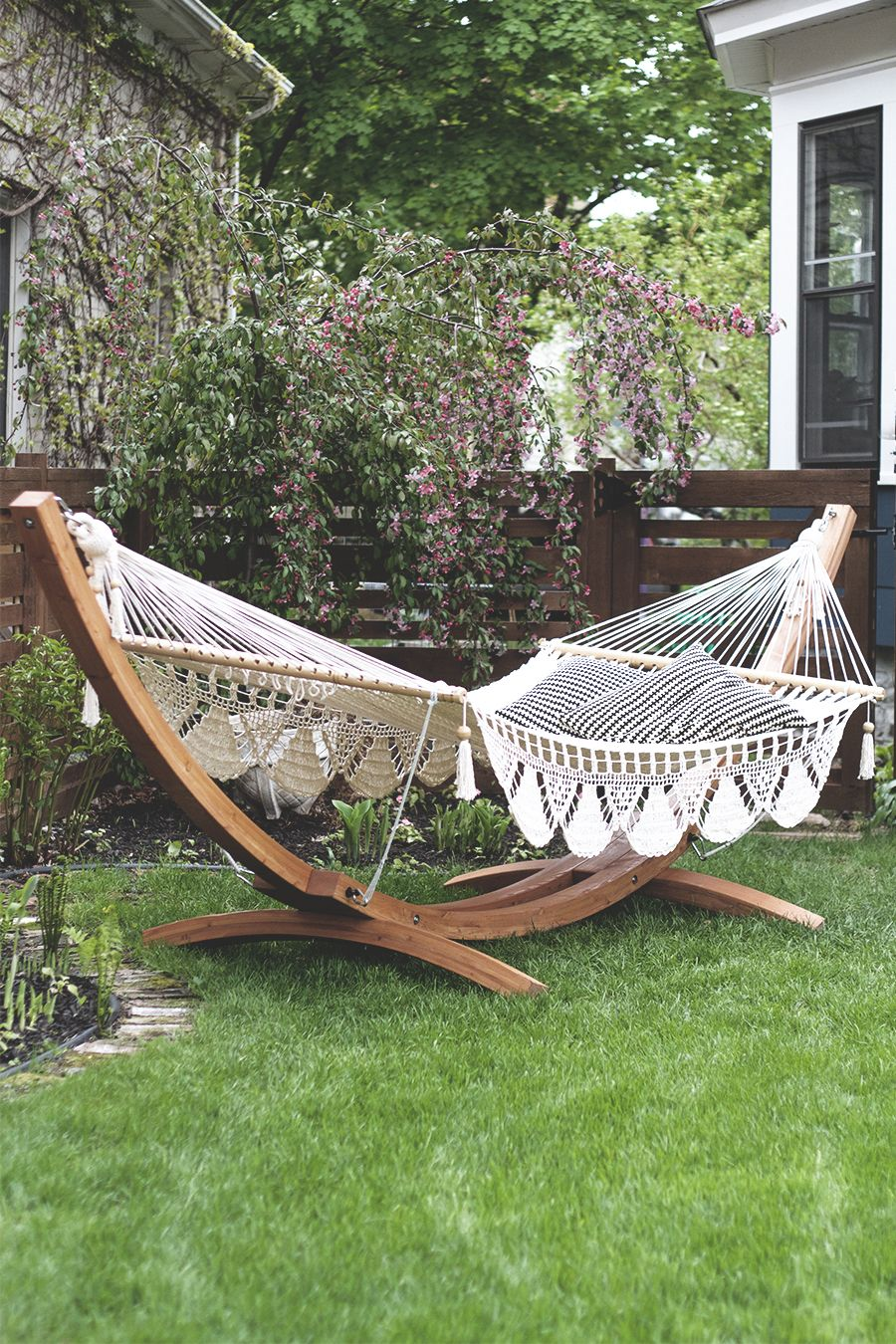 Backyard hammock backyard pinterest backyard backyard hammock