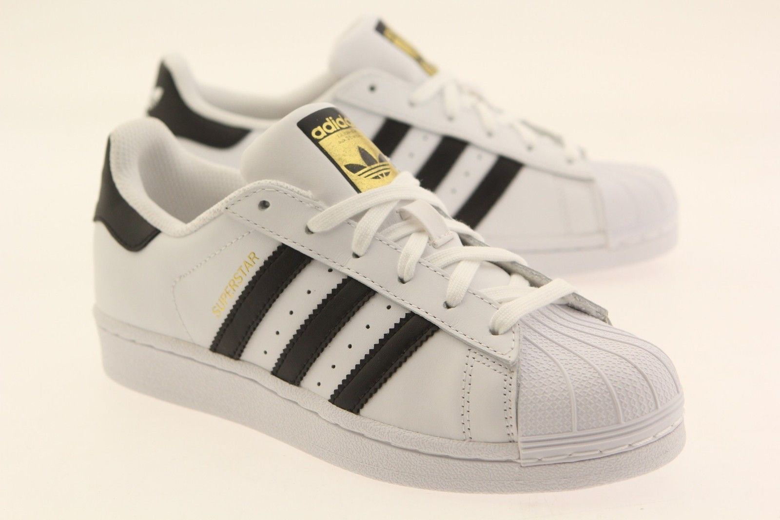 detailed look 75e43 db38d 62.99   Adidas Women Superstar white core black running ...