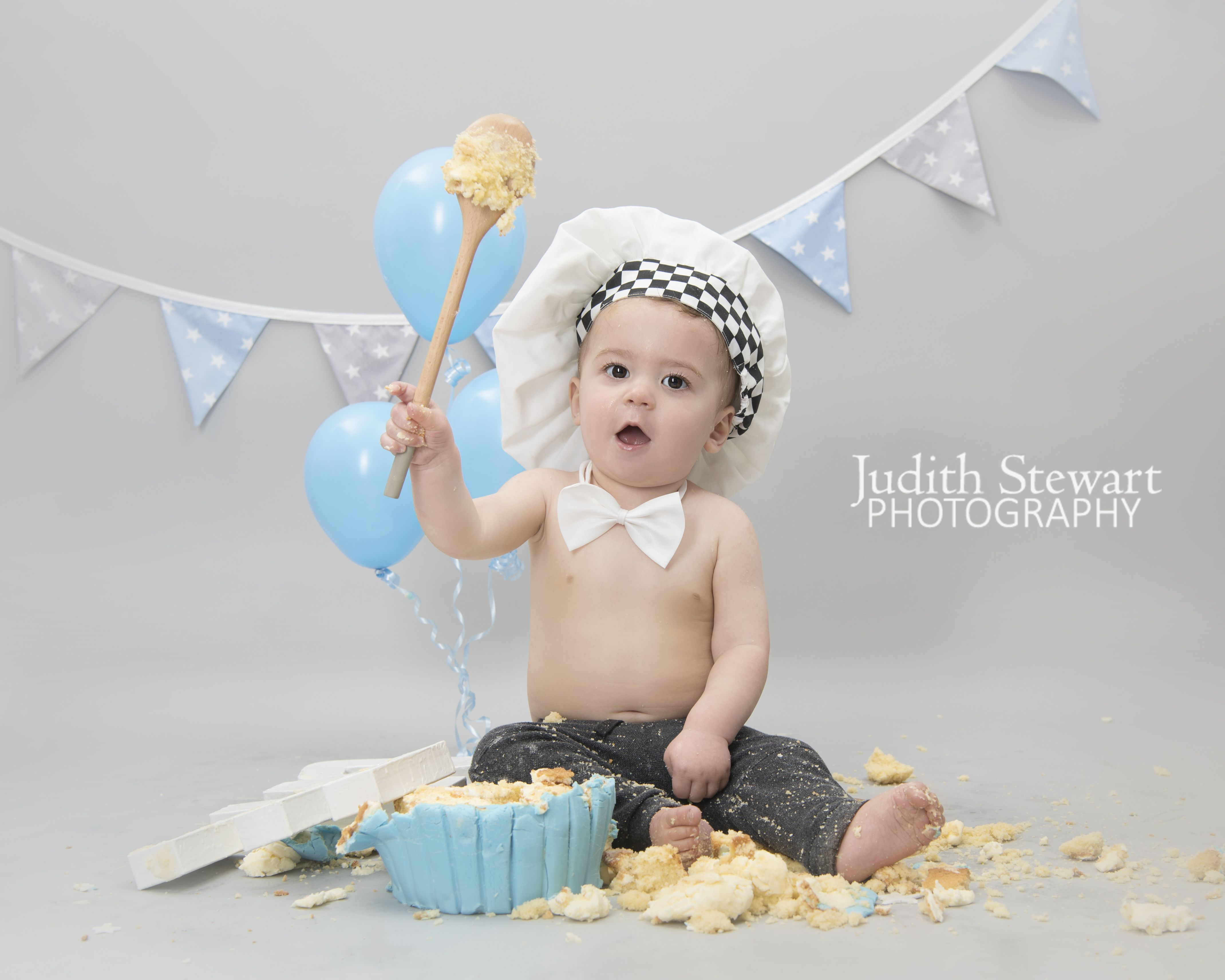 6e00458de 1st Birthday Studio Cake Smash with Judith Stewart Photography in Uckfield  East Sussex