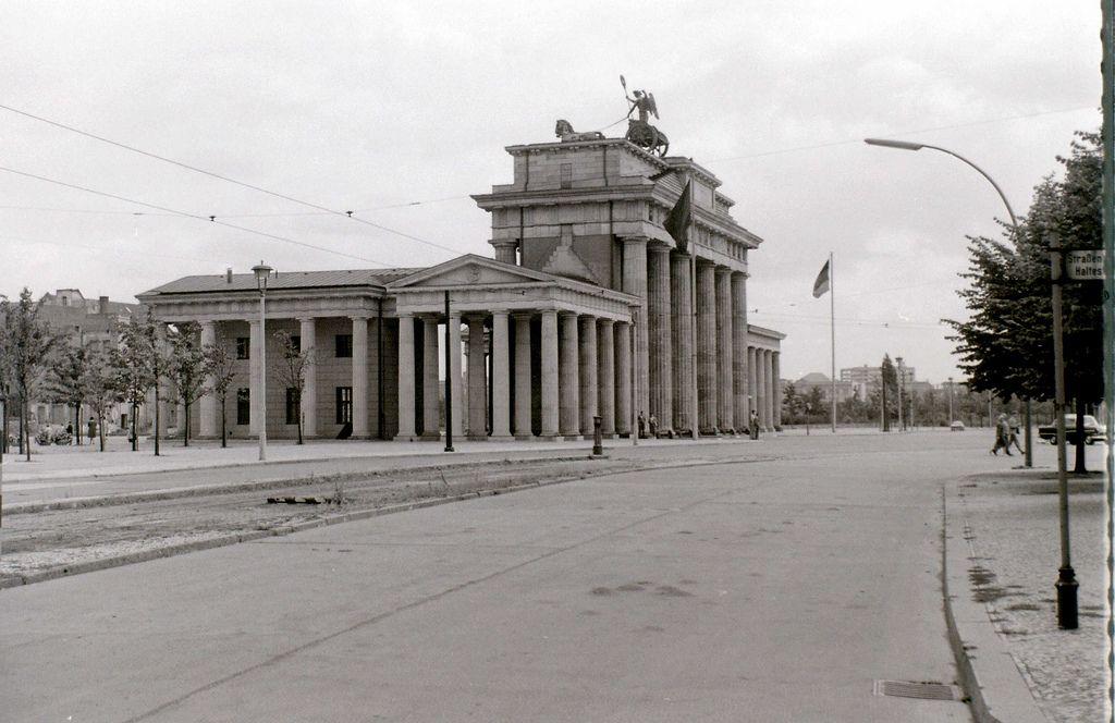 Brandenburger Tor East Berlin C 31 July 1960 East Berlin Berlin Berlin Germany