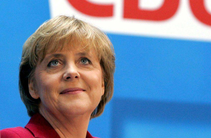 Angela Merkel 2005 Neue Frisur Neuer Anlauf Zur Macht Nachdem Gerhard Merkel Angela Merkel Chefin