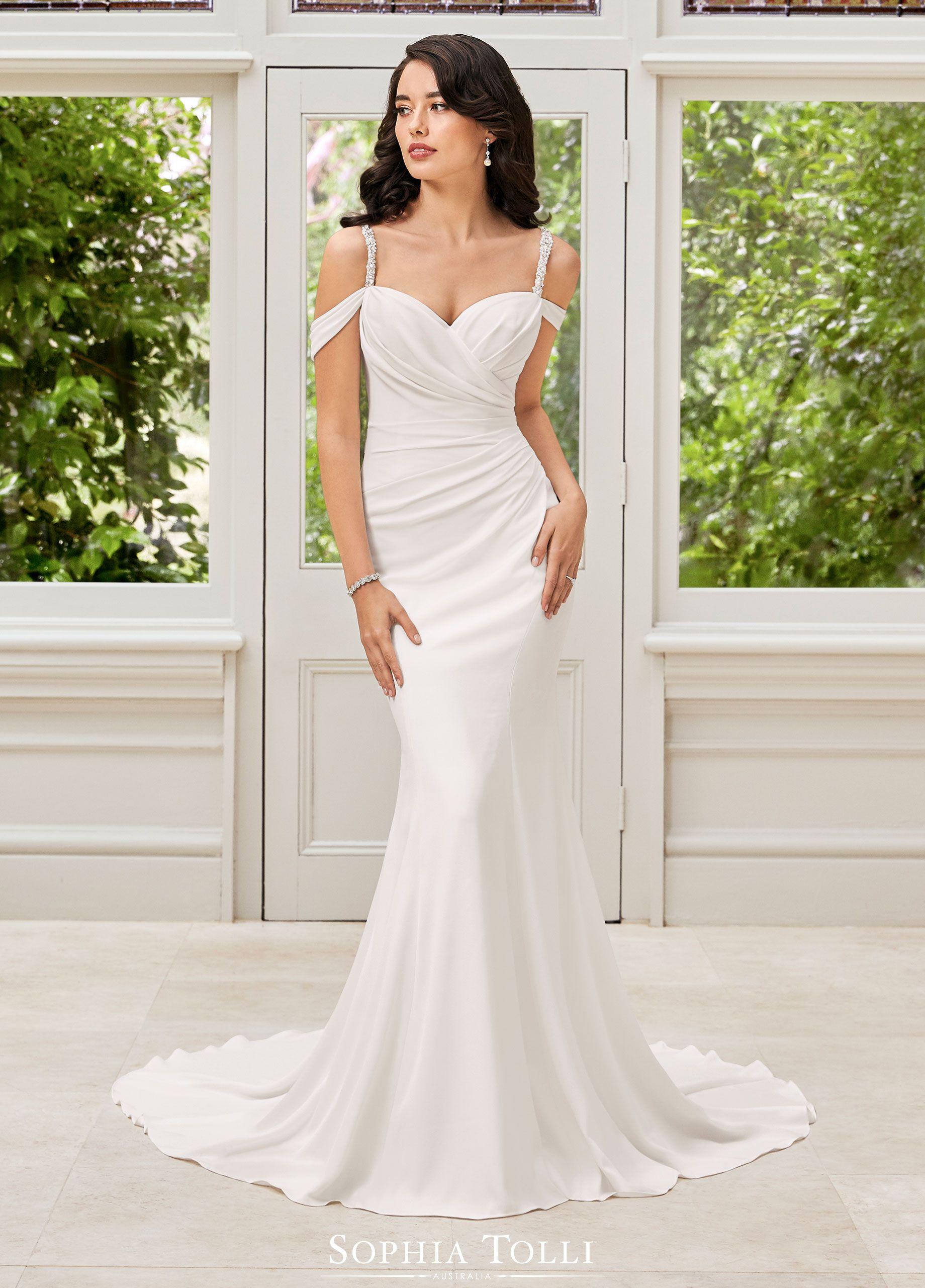Sophia Tolli Wedding Gowns Y21976 Ines In 2020 Wedding Dresses