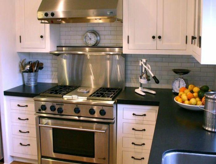 comment choisir la cr dence de cuisine id es en 50 photos. Black Bedroom Furniture Sets. Home Design Ideas