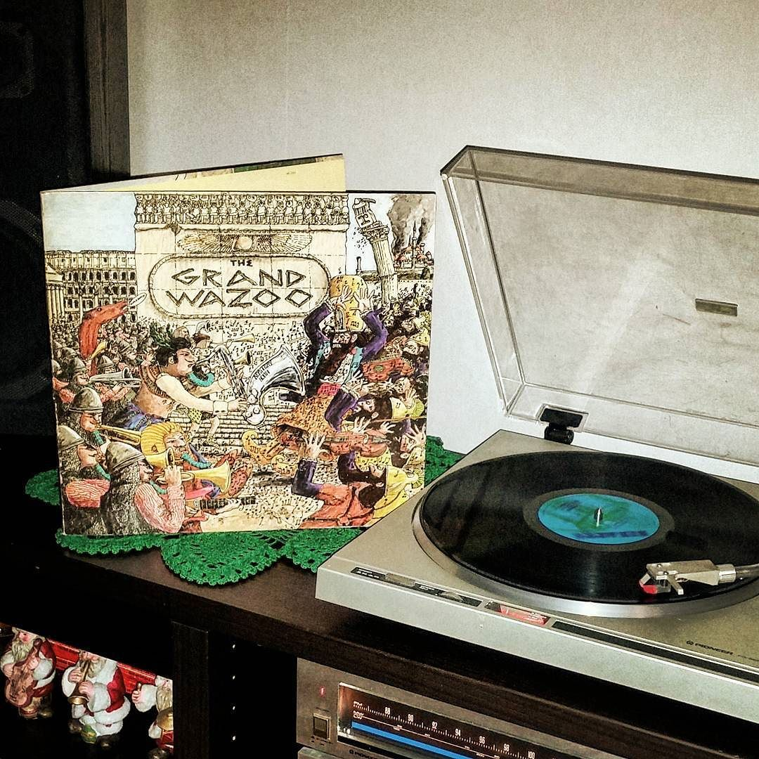 """. ... """"Did they go get a sandwich and eat in the dark?"""" ... Mom? ... #vinyl #records #vinylcollection #vinylcollector #recordcollection #nowspinning #vinylporn #vinyladdict #vinyloftheday #vinyljunkie #albumcover #lp #seventies #thegrandwazoo #mothersofinvention #themothersofinvention #frankzappa by alexiulv"""