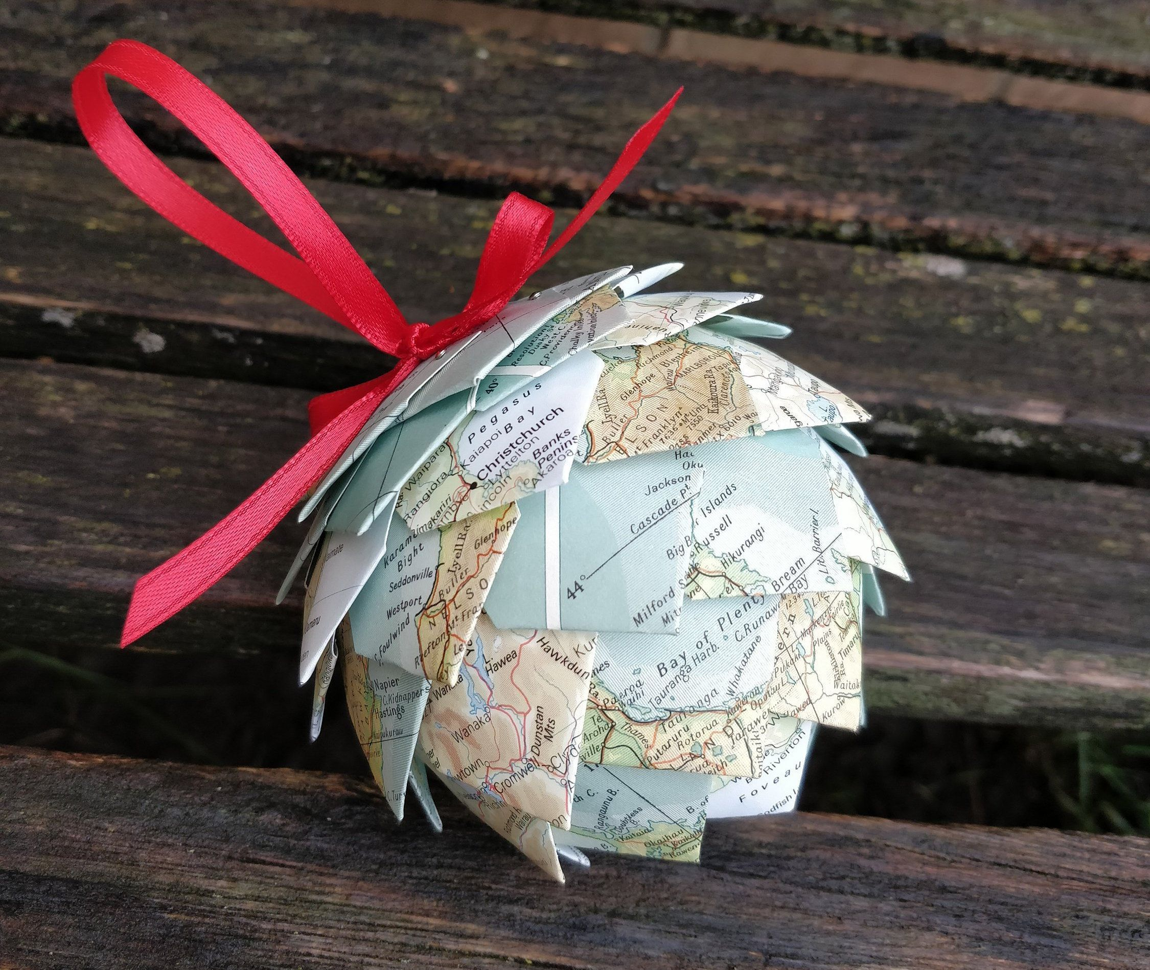 New Zealand Map Ornament Or Choose Your Places Unique Gift Etsy In 2020 Map Ornaments Anniversary Ornament First Anniversary