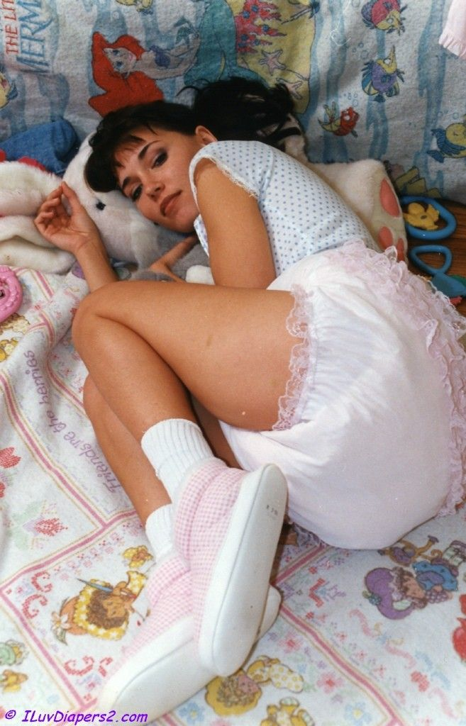 Me Needs Baby Pants Like Her S Don Pinterest Baby