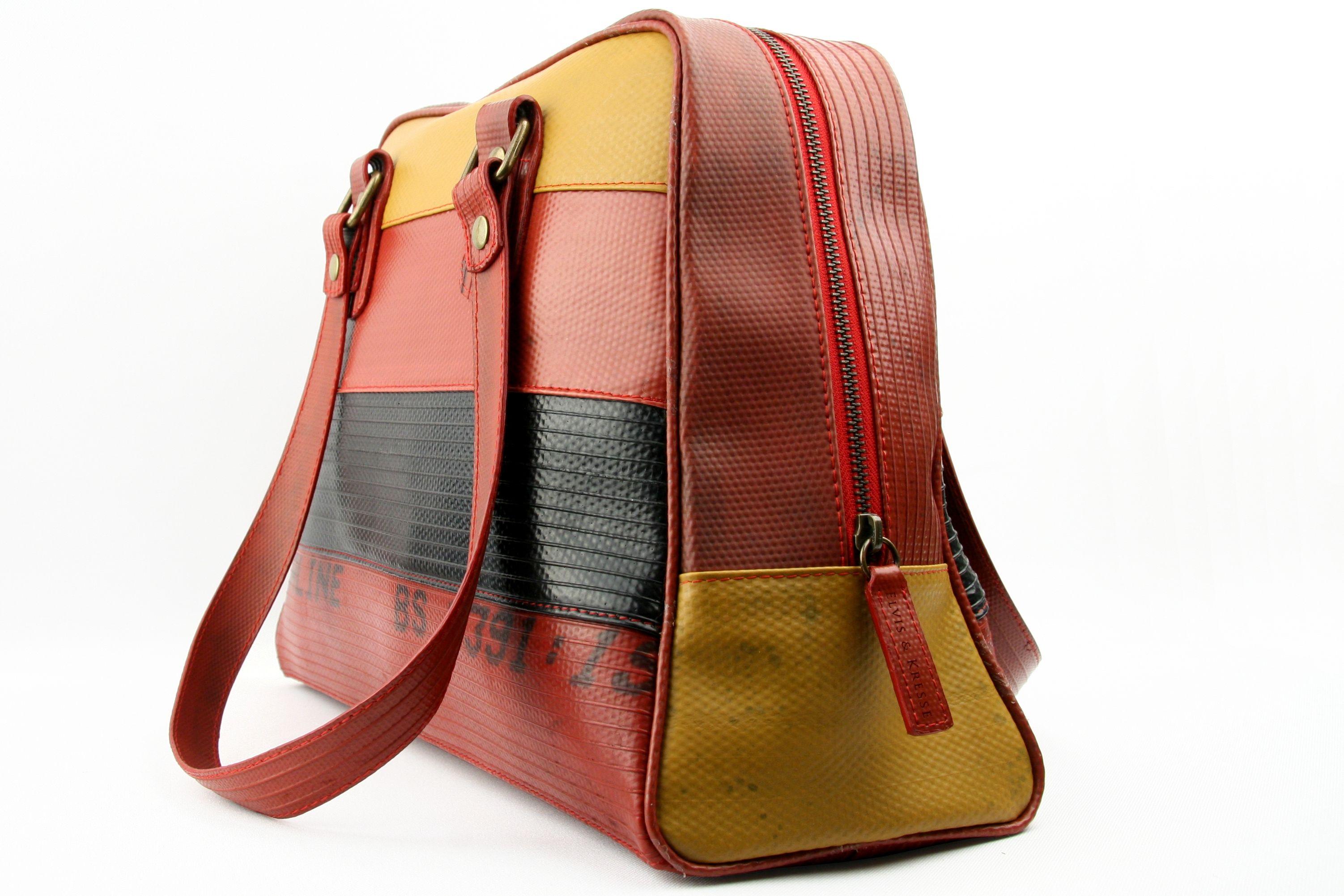 0e1544b6736 Tas gemaakt van brandslangen | handtassen uit brandweerslangen ...