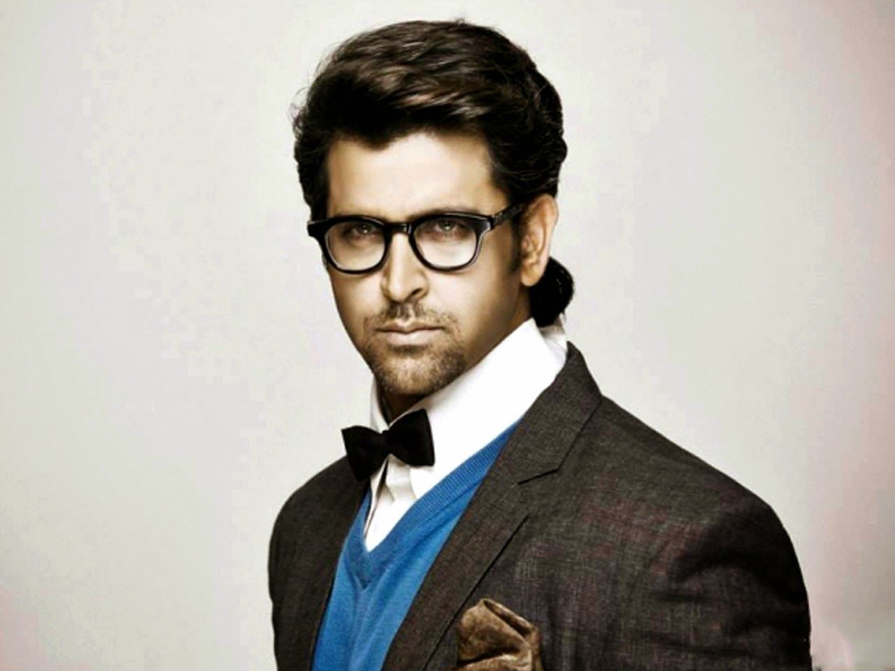 Wallpaper download bollywood actors - Wallpaper S Station Hrithik Roshan Hot And Dashing Indian Actor Hd W
