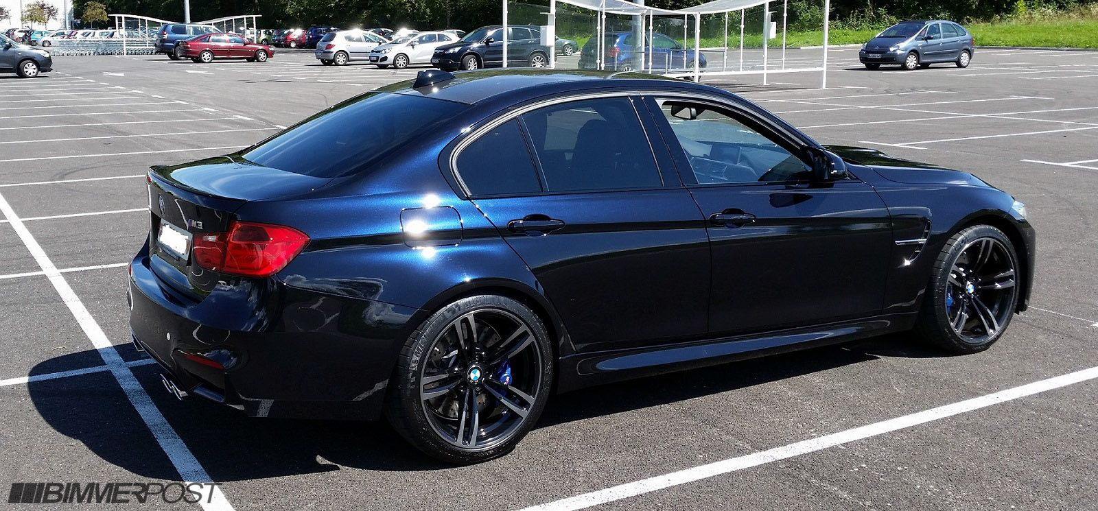 Individual F80 M3 Azurite Black Sakhir Orange Voiture
