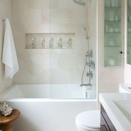 A better version of bath half wall, extending to the ceiling