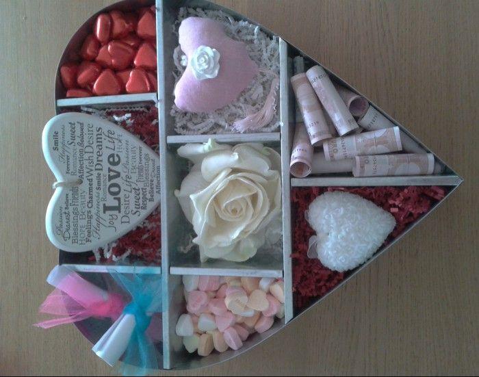 Als Cadeau Te Geven Aan Een Bruidspaar Alles Bij De Action Chocolade Hartjes Hartnice Giftswedding
