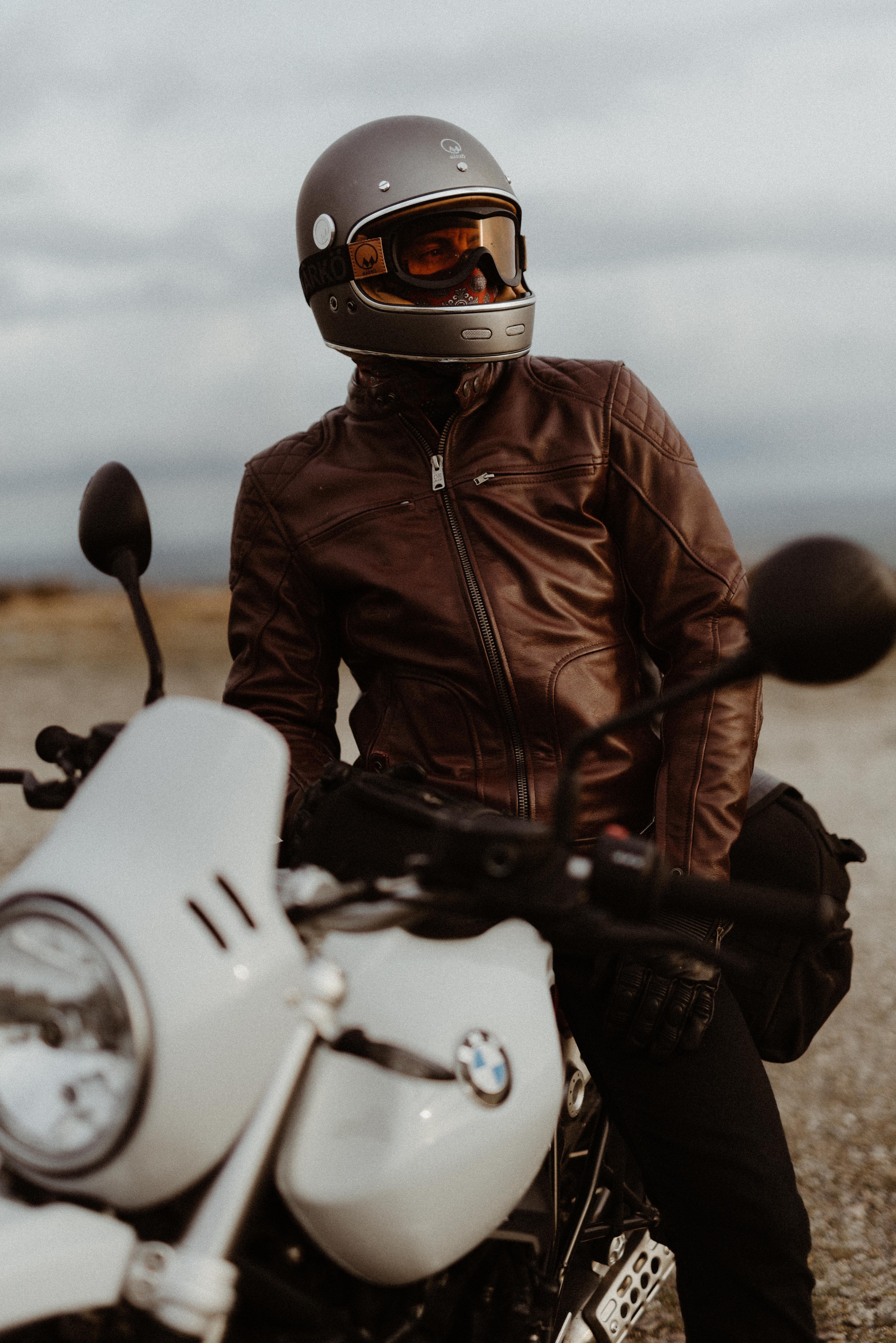 Le casque Marko Full Moon sublimé par @CharlesSeguy Moto