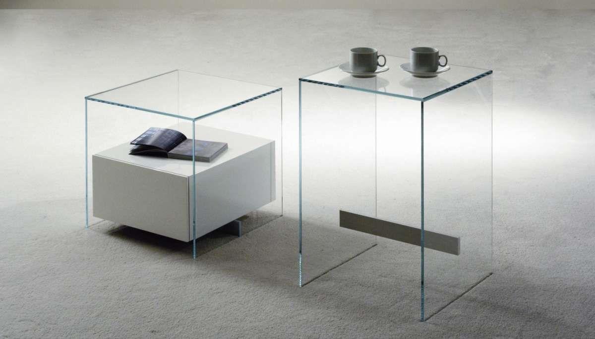 Piccoli Comodini Moderni.Comodini Moderni In Vetro Comodini Design Nel 2019