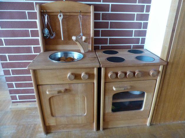 Ich verkaufe hier eine HolzSpielküche bestehend aus a