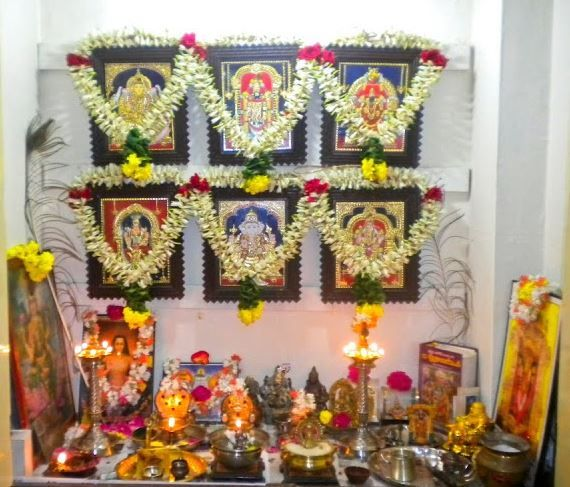 Pooja Room Designs Pooja Pinterest Room Decorating And Puja Room