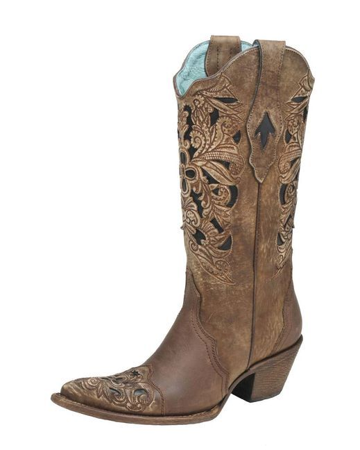 I have developed a slight obsession for cowboy boots!!! These beautiful shoes that would look so cute on my feet. Lol. On Christmas list now!! *Wink *Wink ;D