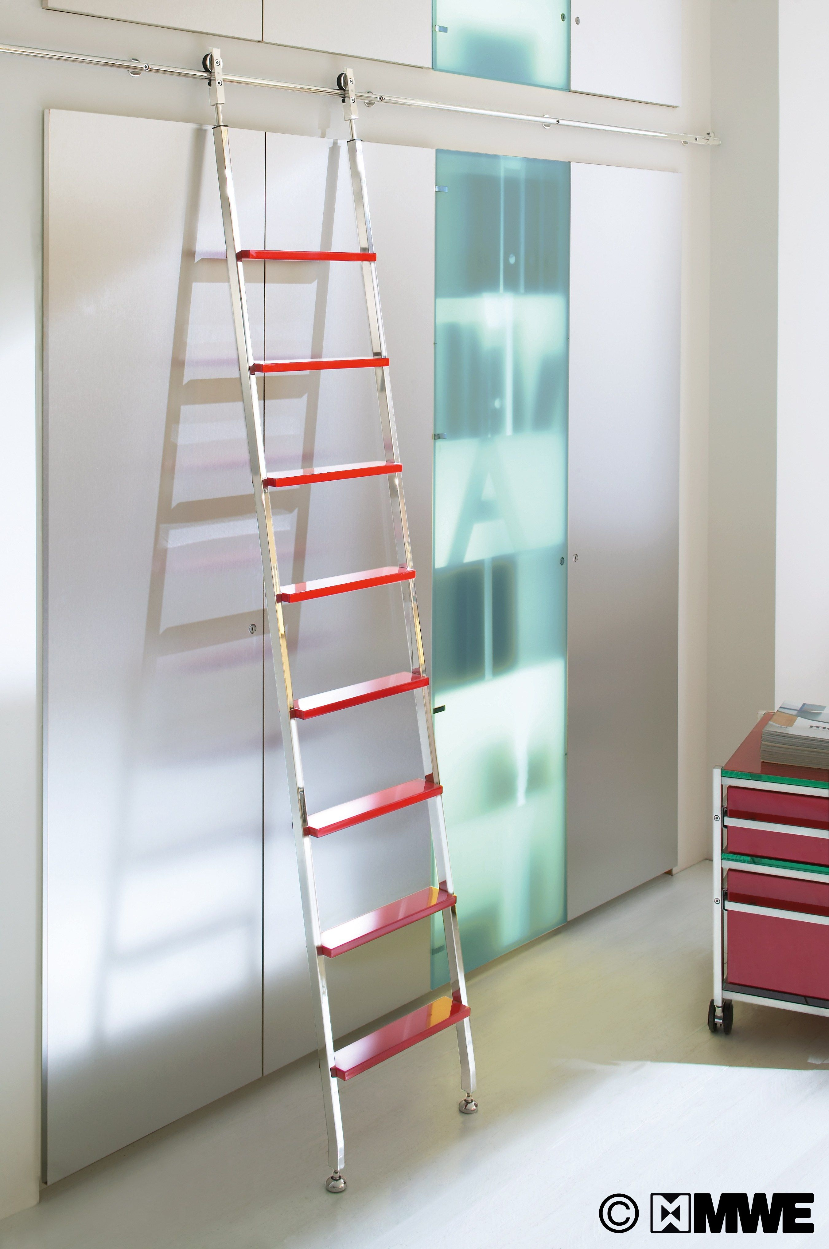 Wow colourful akzent library ladder with sliding function and