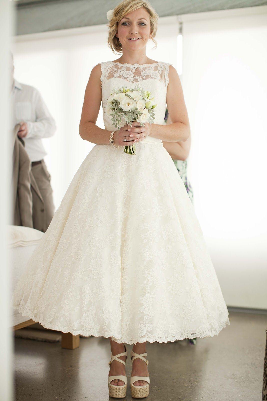 Amy_35mm_25.jpg (1067×1600) Tea length wedding dresses