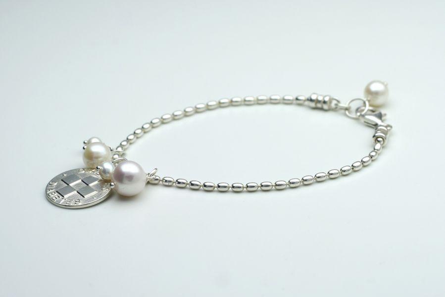 Diana, diabetes bracelet