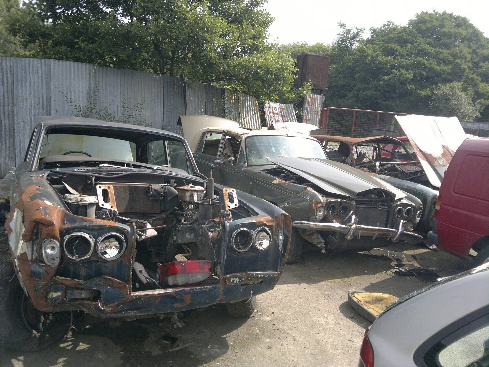 3 x Rolls Royce Scrapyard find Abandoned Classic Cars Breaking