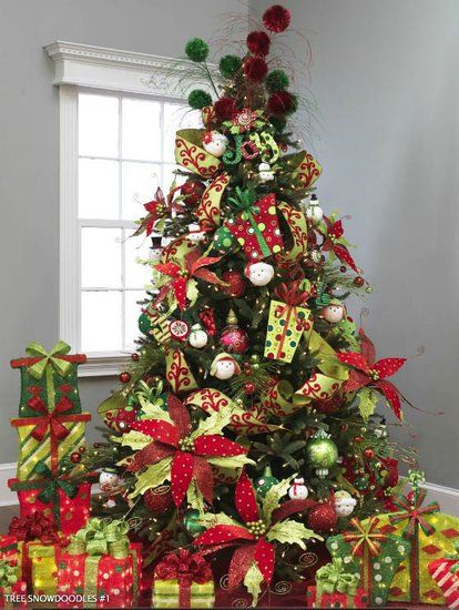 2012 raz decorated christmas tree love the giant poinsettias - Raz Christmas Decorations 2012
