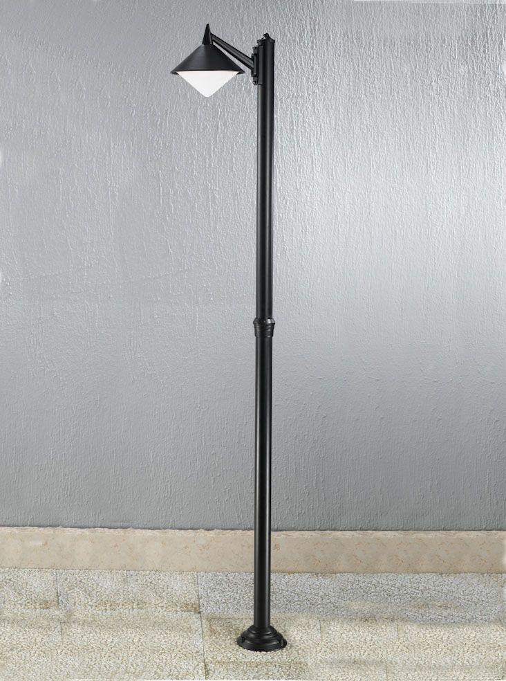 EXT6587 Sera Modern Italian Single Lamp Post, Black Aluminium. Italian  Die Cast Aluminium