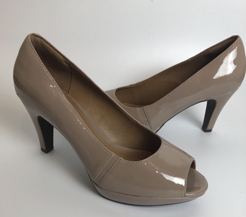 3289c78824e Clarks Collection Soft Cushion Heels Nude Pumps Tan Shiny Open Peep Toe  Size 9  Clarks  Classics  CareerFormalParty