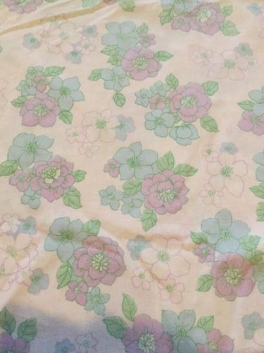 Retro double duvet #cover #1970s #funky floral,  View more on the LINK: 	http://www.zeppy.io/product/gb/2/222397313410/