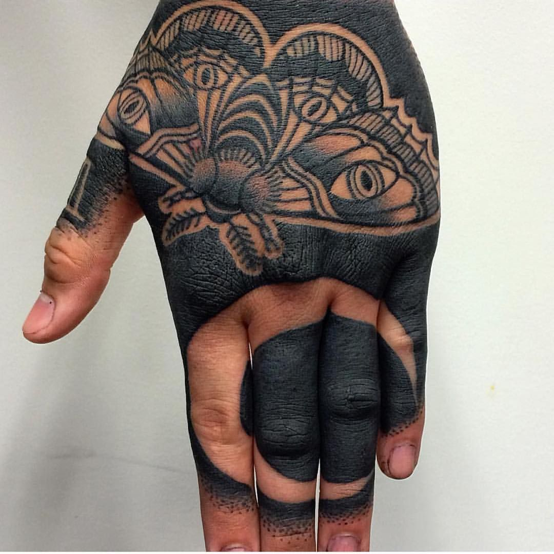 Blacked Out Tattoos: Blacked Out By @mr_tumaru Inkedmag.