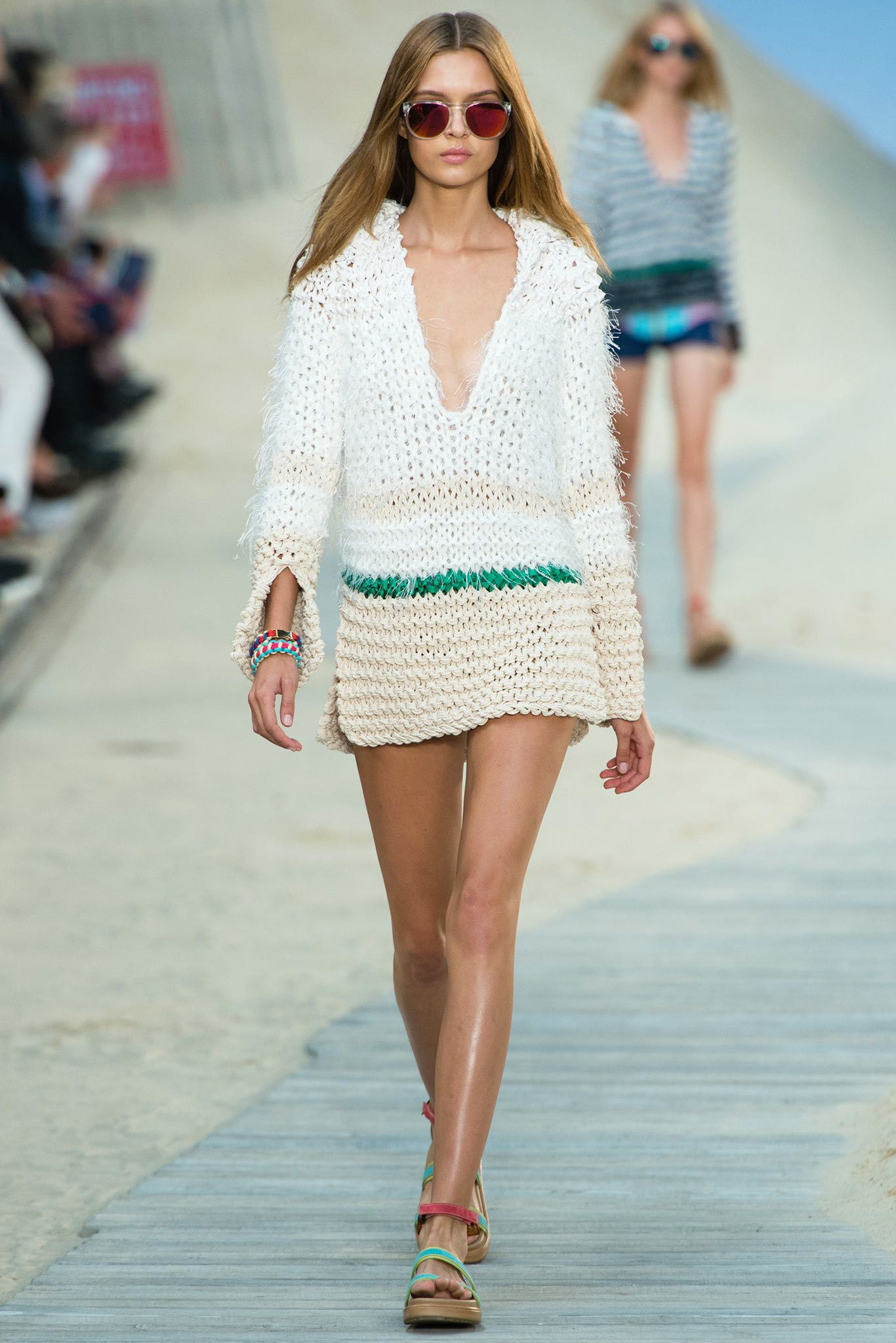 1a6878c27a9732 Tommy Hilfiger Spring 2014 Ready-to-Wear Fashion Show
